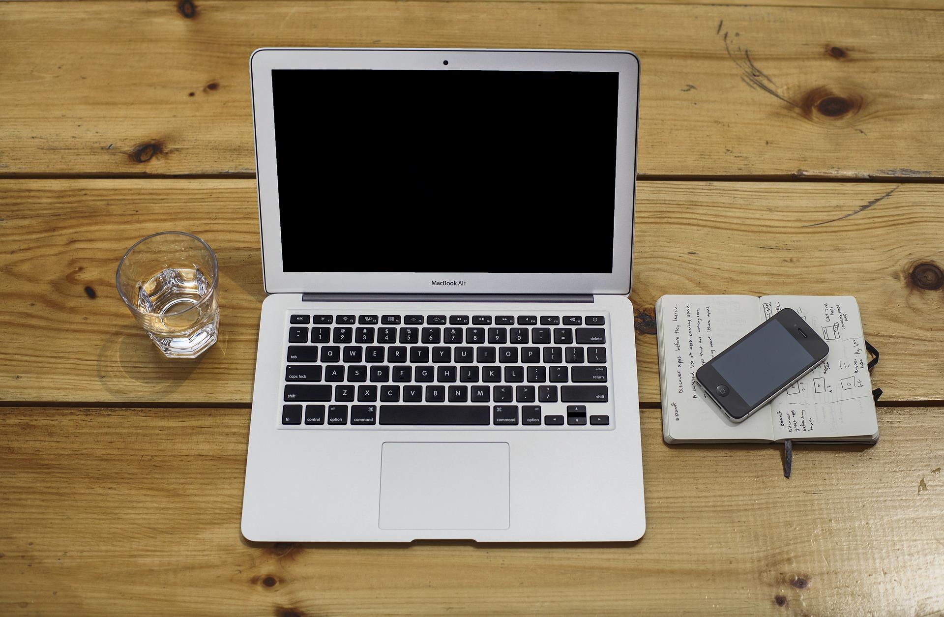 montaggio su smartphone: ci si butta anche Apple?