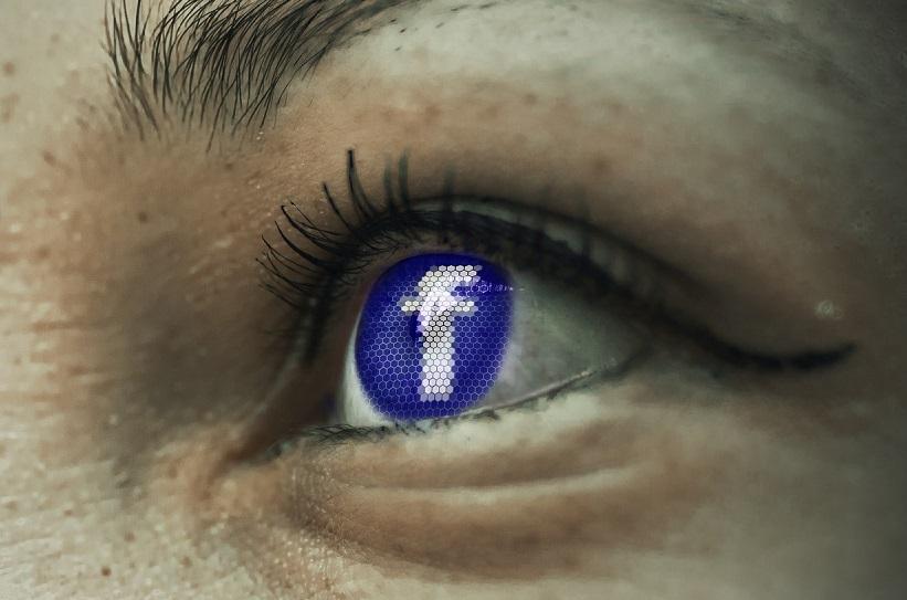 Facebook[:]